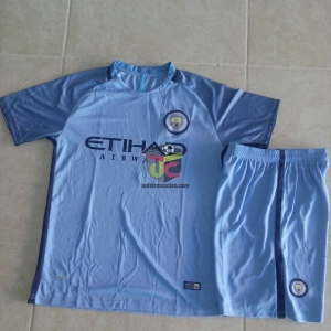 Uniforme Manchester city local