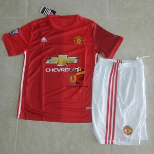 Uniforme Manchester united local